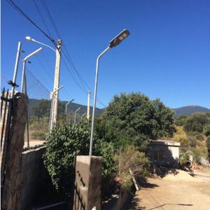 Generador mini eólico como complemento a los paneles solares.